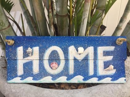 Wooden sign, Home (waves and shells)